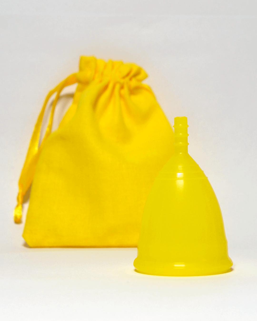 Желтая менструальная чаша OnlyCup с льняным мешочком