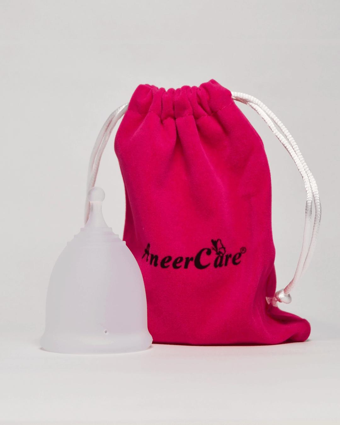 Белая менструальная чаша AneerCare с хвостиком «шар» (комплектация)